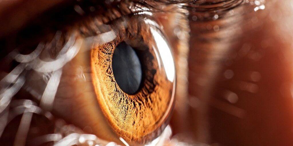 olho humano com super resolução